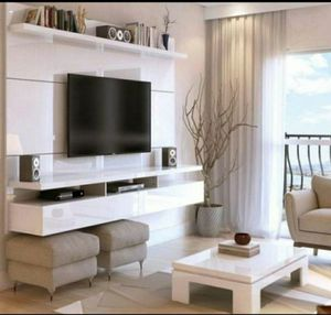 FLOATING TV WALL UNIT NEW IN BOX for Sale in Pompano Beach, FL