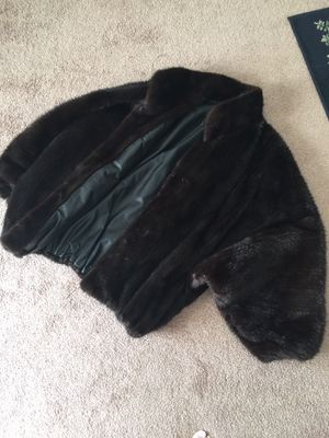 $4000 mink and leather bomber jacket reversible. $500 for Sale in Lake Wales, FL