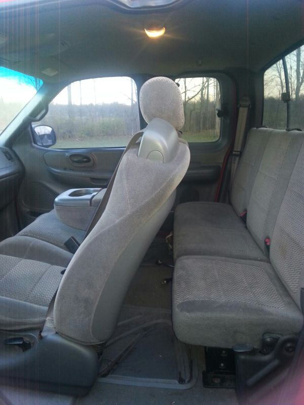2002 Ford F 150 4 x 4