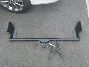 Towing hitch for Sale in Takoma Park, MD