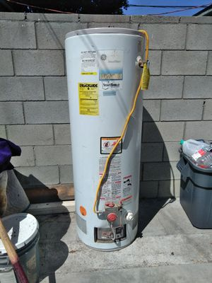 GE 50 GALLON WATER HEATER for Sale in Los Angeles, CA