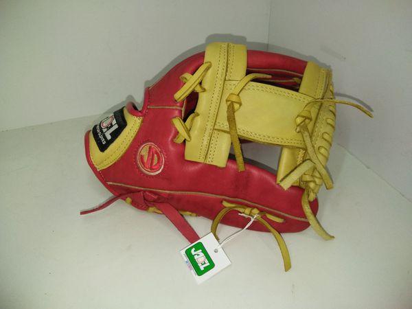 Softball baseball glove
