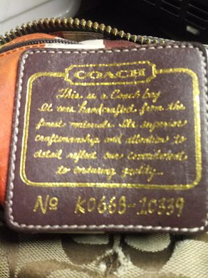 Coach purse for Sale in Lincoln Acres, CA