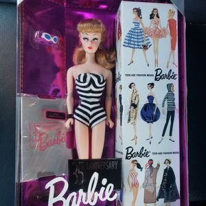 Barbie 1993 35th Anniversary Doll Mint In Box for Sale in Brooklyn Park, MN