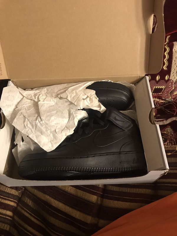 Air forces 1 high top size 9 men