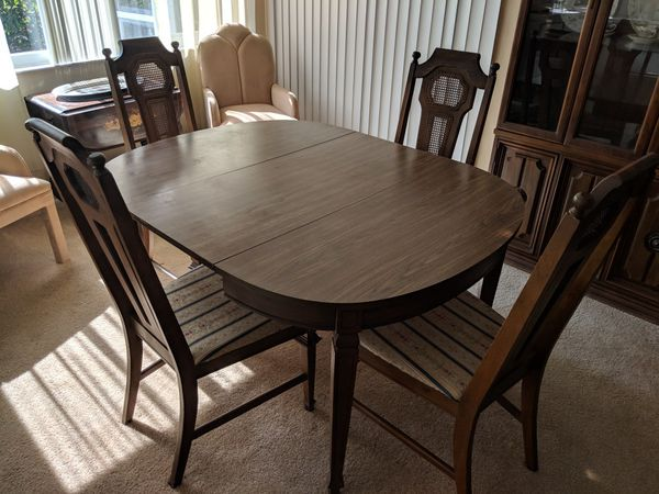 Dining Room Table And Chairs For Sale In Palm Bay Fl Offerup