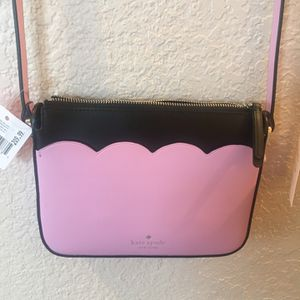 Kate spade crossbody Purse for Sale in Commerce City, CO