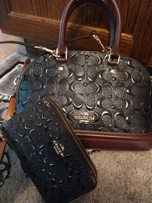 Coach purse and wallpaper for Sale in St. Louis, MO
