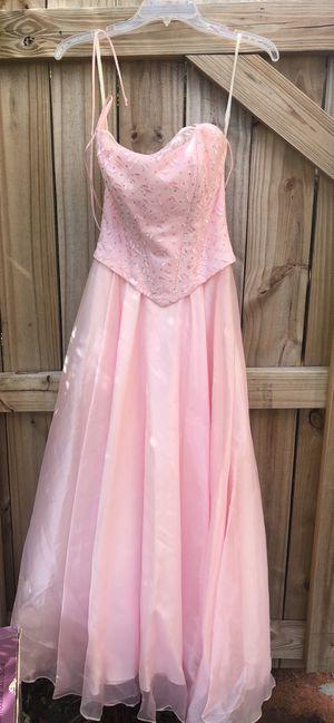 Pretty pink elegant dress for Sale in Miami, FL
