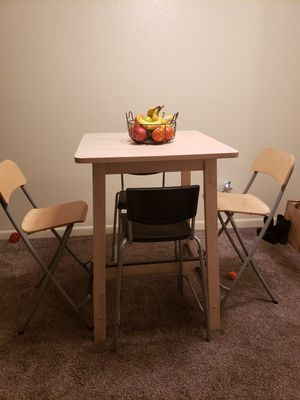 Off White Bistro High Kitchen table with 2 Bar stools for Sale in Vancouver, WA