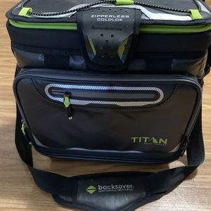 Titan Deep Freeze Cooler for Sale in Tacoma, WA
