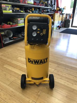 DEWALT D55168 15 Gal 225PSI Air Compressor (New) for Sale in Framingham, MA