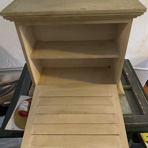 Small hanging cupboard for Sale in Reading, MA
