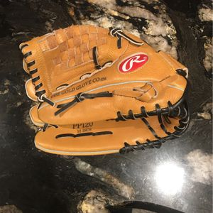 Rawlings Right hand Glove! for Sale in Goldsboro, NC