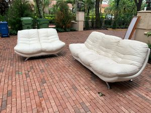 Italian White Leather Set And Coffee Table for Sale in Fort Lauderdale, FL