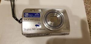 Olympus digital camera light n handy great pics. for Sale in Ypsilanti, MI