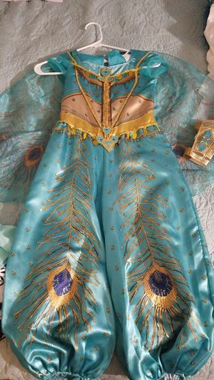 Costume size 4-6x like new for Sale in Greenbelt, MD