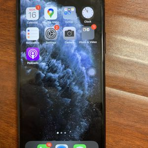 iPhone 11 Pro for Sale in Fontana, CA