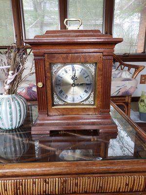 Antique quartz clock for Sale in Riverdale, GA