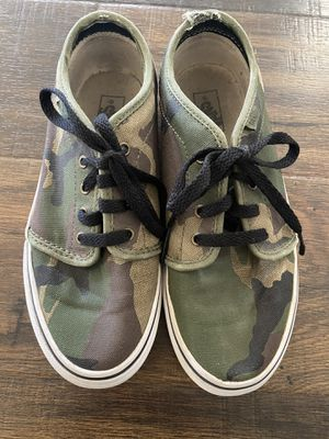 Vans Camo Green Size Youth 3 for Sale in Glendale, AZ