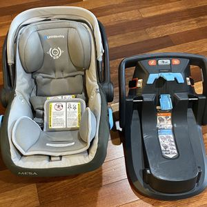 2015 Uppababy Messa Infant Car Seat for Sale in Quincy, MA
