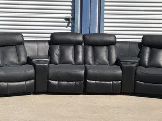 Black Leather Reclining Movie Theatre Sectional - FREE DELIVERY 🚚 for Sale in Dallas,  TX