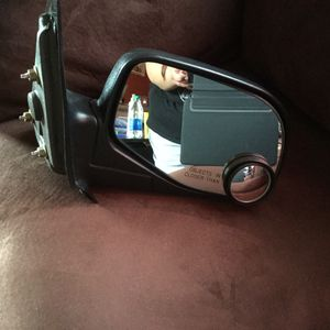 Right side rear view mirror 03 Ford Ranger $50 obo for Sale in Medford, OR