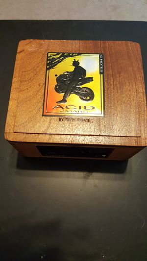 ACID CIDGAR BOX for Sale in Milton, FL