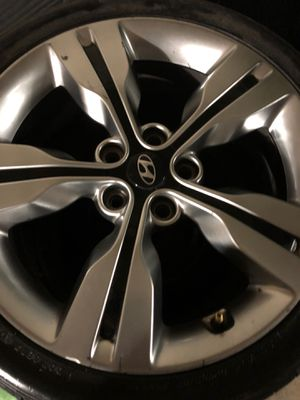 Hyundai wheels & Tires OBO for Sale in Rogers, AR