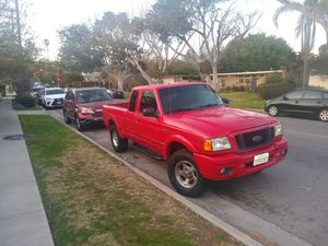 2004 Ford Ranger Edge 89K miles 3.0 6 cyl (salvage because bumper) for Sale in Los Angeles, CA