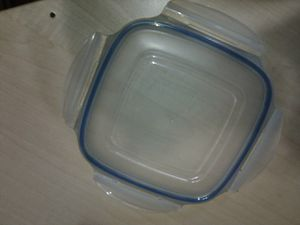 Lock and lock plastic storage container lid for Sale in Cutler Bay, FL