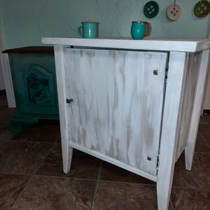 Rustic Farmhouse Endtable Nightstand Cabinet for Sale in Renton, WA