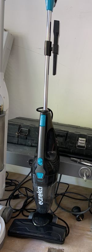 Eureka light weight vacuum for Sale in Las Vegas, NV