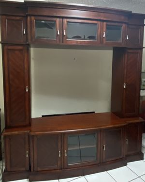 Cabinet / TV Stand for Sale in Miami, FL
