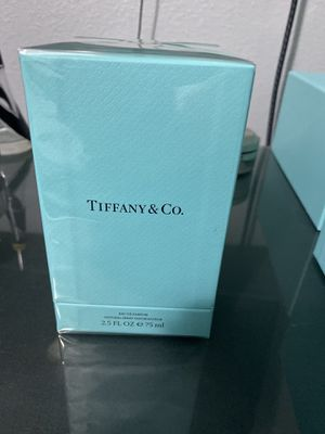 Tiffany & co 2.5 oz perfume for Sale in Orlando, FL