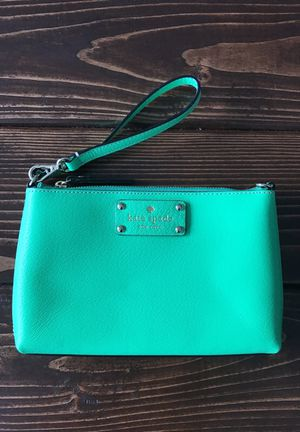Large Kate Spade Wristlet for Sale in Seattle, WA