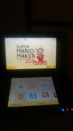 Nintendo 3DS Galaxy Style (w / Mario Maker) for Sale in Camden, NJ