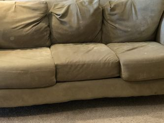 Free Couch, Cushions are In Good Condition, But Could Use A Deep Clean for Sale in St. Louis,  MO