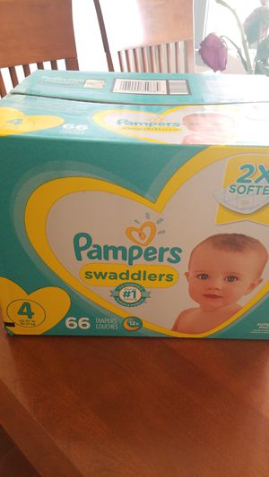 Pampers Swaddlers #4 for Sale in Chicago, IL
