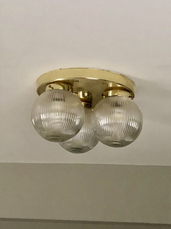 5 IDENTICAL LIGHT FIXTURES
