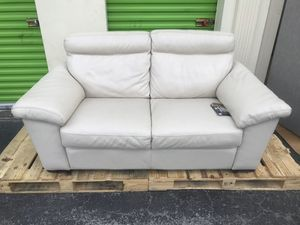 55% OFF // OPEN BOX NEW CONDITION // COSTCO Natuzzi Leather Loveseat for Sale in Deerfield Beach, FL