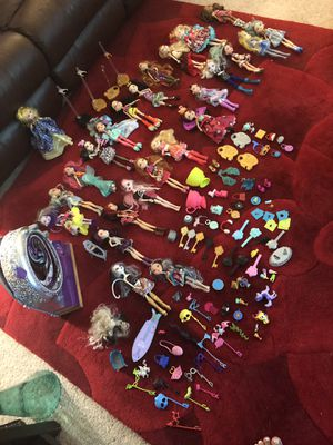 Ever after high doll this lot original cost around $500 for Sale in Annandale, VA