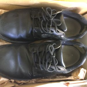 Steel Toe Work Shoes Size 11 for Sale in Kennesaw, GA
