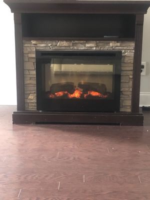 TV stand with fireplace for Sale in Lebanon, TN