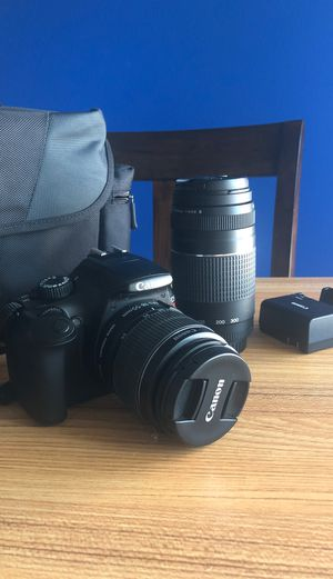 Canon EOS Rebel T3 Digital SLR Camera with EFS 18-55mm - Black for Sale in Culver City, CA