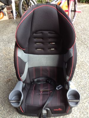 Evenflo car seat/ booster seat for Sale in Mill Creek, WA