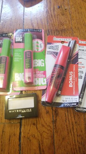 Rimmel/Maybelline Makeup Bundle for Sale in St. Louis, MO