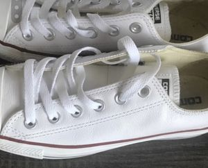 White converse men's size 6 for Sale in Baltimore, MD
