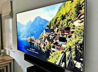 FREE Smart TV - LG for Sale in Lott,  TX