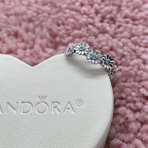 Daisy Flower Crown Pandora Ring Size 54EU/7US for Sale in Waukegan, IL